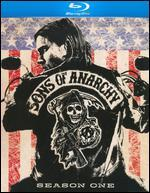 Sons of Anarchy: Season One [3 Discs] [Blu-ray]
