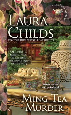 Ming Tea Murder: A Tea Shop Mystery - Childs, Laura