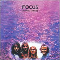 Moving Waves - Focus