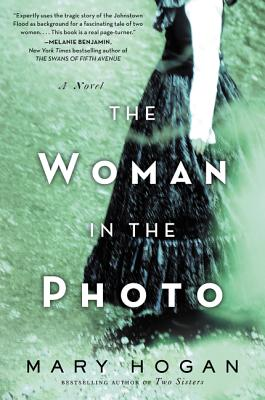 The Woman in the Photo - Hogan, Mary